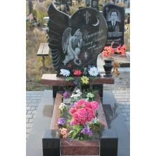 пам'ятник 235